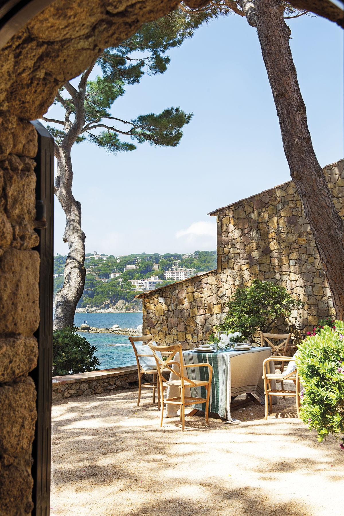 Дома на средиземном море вид на жительство при покупке недвижимости в польше