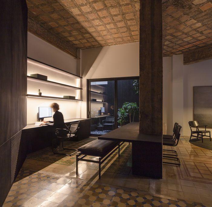 Фото: David Zarzoso (http://davidzarzoso.com/). Источник: https://www.apartmentlovin.com/