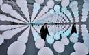 Новая инсталляция Snarkitecture делает ставку бесконечность