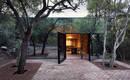 Невидимый зеркальный дом в мексиканских зарослях