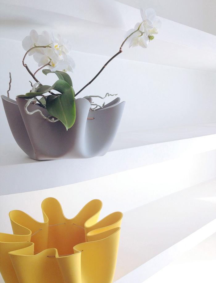 Коллекция Shell от TÊTE DE BOIS. Дизайн: Andrea Deppieri