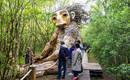 Семь новых деревянных троллей Томаса Дамбо в лесах Бум, Бельгия