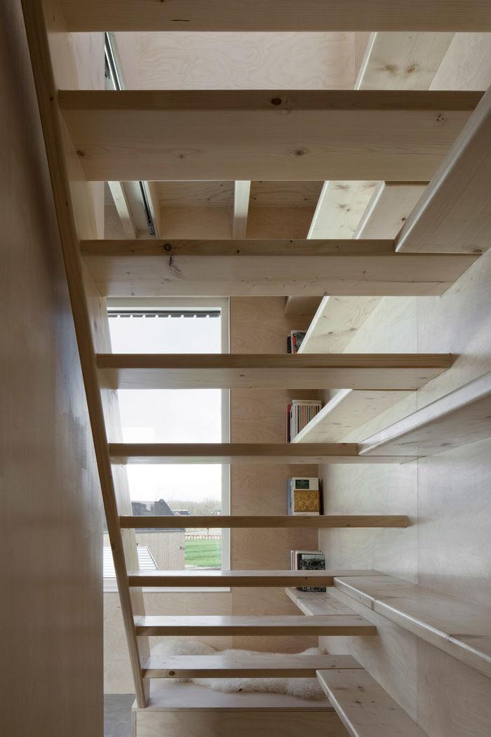 Мини дом Slim Fit от Ana Rocha Architecture. Фото: Christiane Wirth, Den Haag