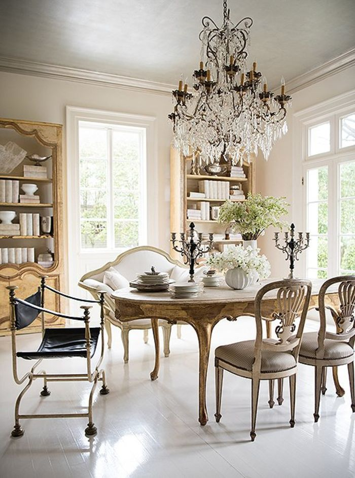 Источник фото: www.onekingslane.com/c/furniture/dining+room/dining+chairs.do