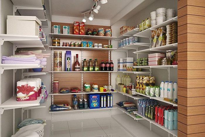 Кладовка в интерьер кухни. Источник фото: trizio.ru/dizayn-kladovki