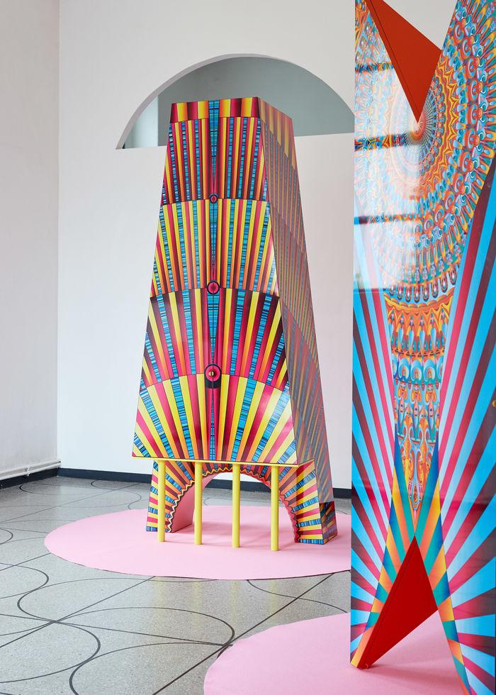 Коллекция мебели Адама Натаниэля Фурмана (Adam Nathaniel Furman) «Буржуазный кошмар» (Bourgeois nightmare)