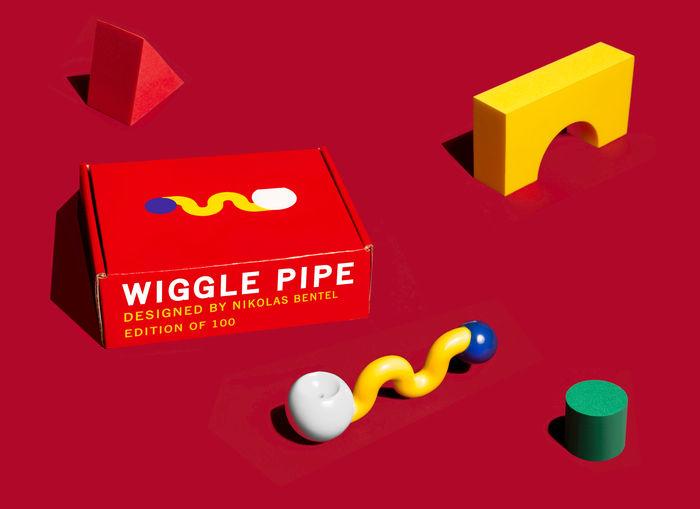 Трубка Wiggle Pipe из фарфора. Дизайн: Николас Бентель (Nikolas Bentel)