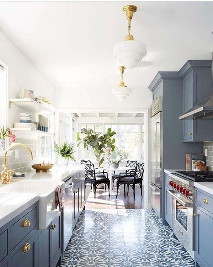 Источник фото: decoratrend.com/2019/05/30/54-beautiful-kitchen-design-ideas/