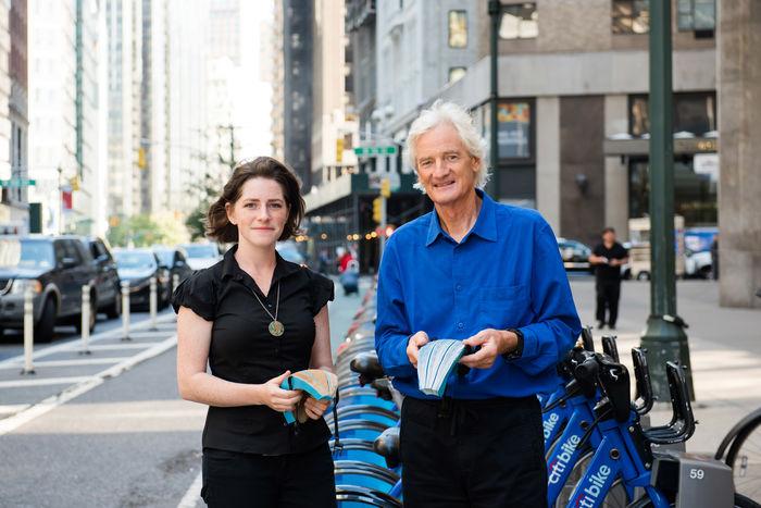 Изида Шиффер с Джеймсом Дайсоном, основателем премии James Dyson Award