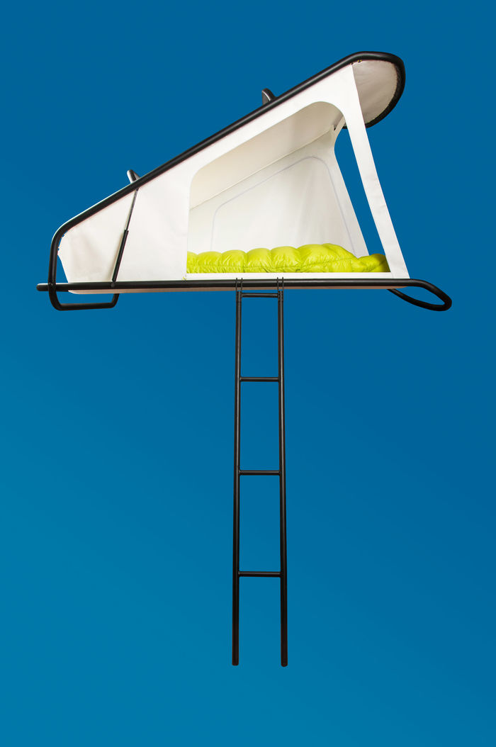 Палатка на крыше автомобиля. Дизайн Себастьян Малуска (Sebastian Maluska). Фото: ÉCAL