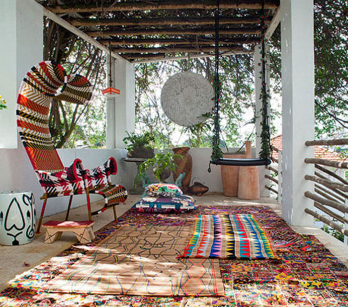 Источник фото:https://indecora.com/4582/grandmothers-rug-in-modern-home/