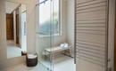 5 хороших примеров для удобства маленькой ванной