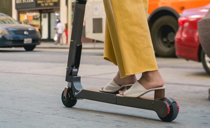 Новая модель электрического складного скутера от Hyundai