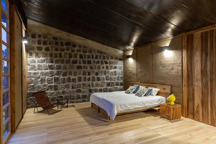 Каменный дом Casa Patios от Rama Estudio. Фото: JAG Studio