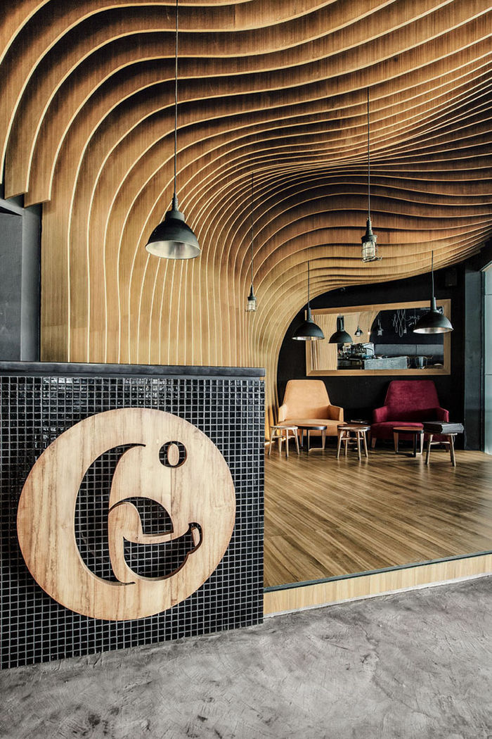 OOZN Design разработал интерьер этого кафе в Индонезии. Фото: Irene Iskandar.