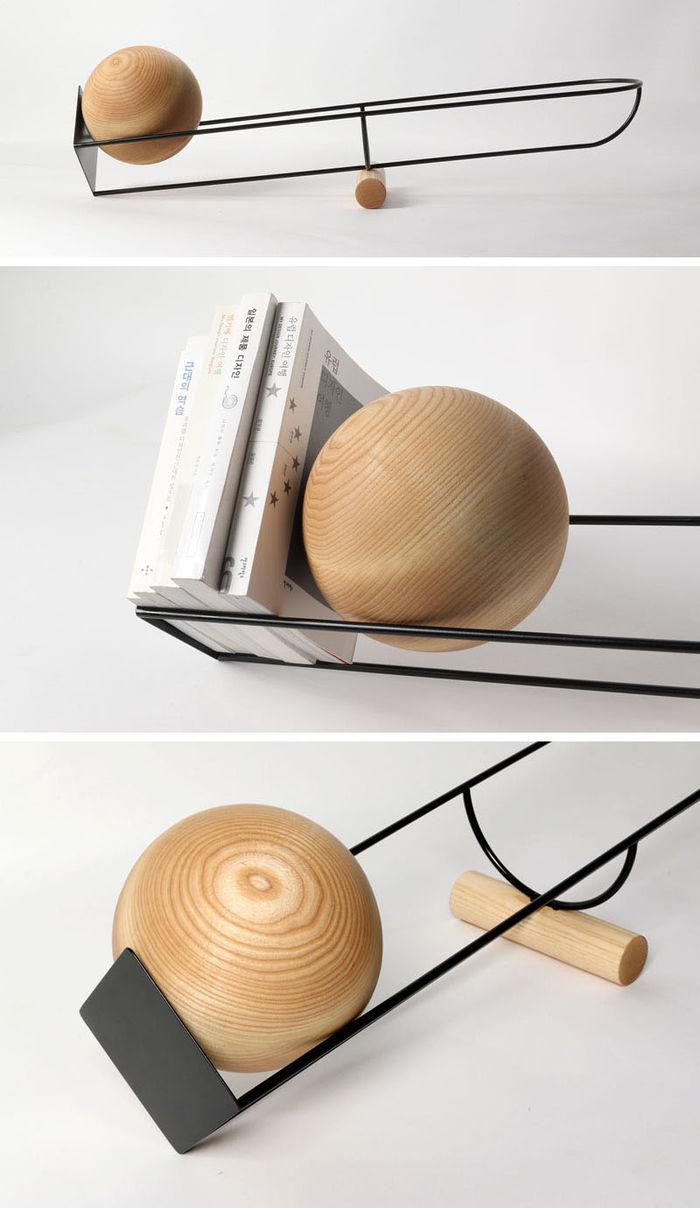 Книжная полка ODDLY. Дизайн: южнокорейский дизайнер Youngmin Kang