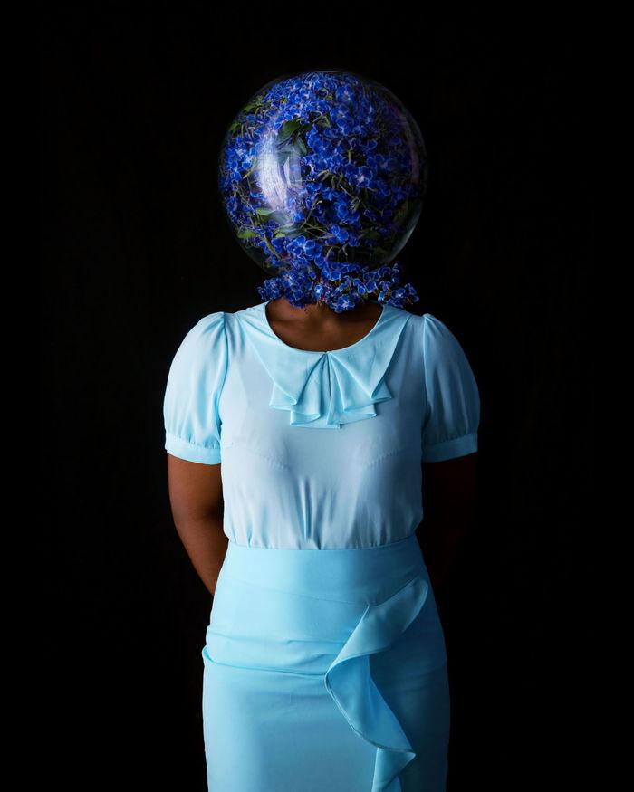 Серия «Золотая девушка». Испанский фотограф Fares Micue.