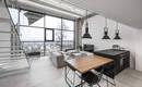 Потрясающая квартира в стиле лофт с монохромной палитрой и обилием дерева