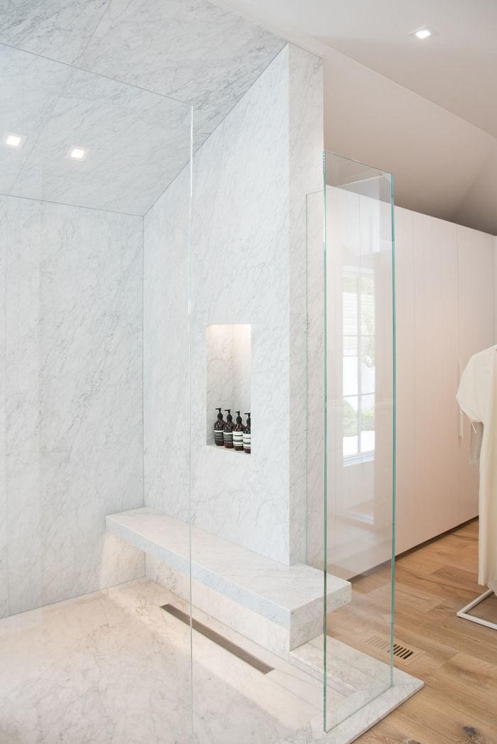 Дизайн: LA Closet Design. Фото: DR