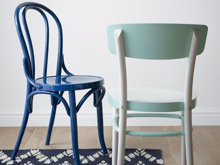 Окрашенная старая мебель. Источник фото: Crown