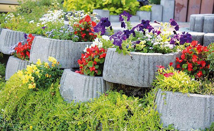 Фото взяты с сайта http://www.vashsad.ua/landscape-design