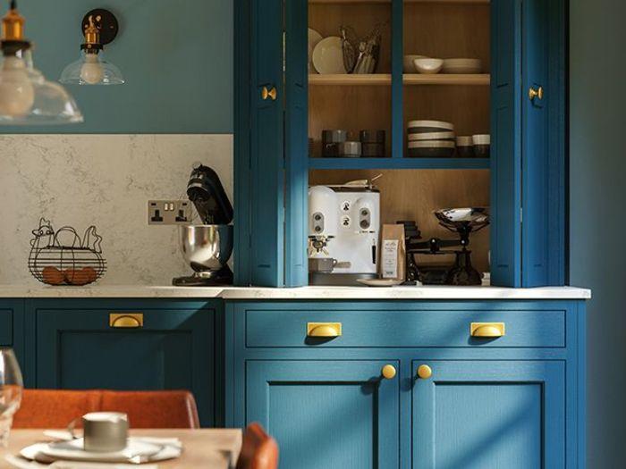 Источник фото: Durham kitchen in Sapphire, LochAnna Kitchens
