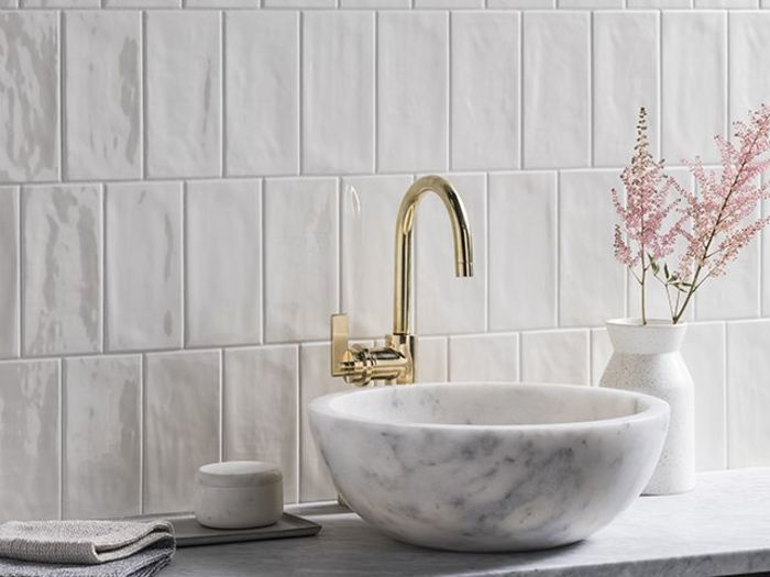 Источник фото: Paintbox Bone gloss ceramic tiles, Mandarin Stone