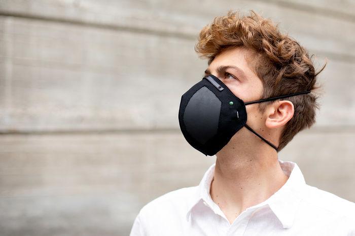 Дыхательная маска с графеном Guardian G-Volt. Дизайн: LIGC Applications