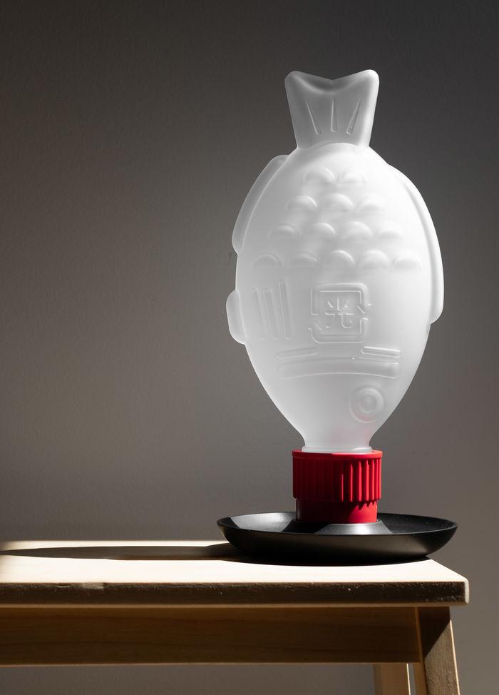 Лампы Light Soy от австралийской студии Heliograf