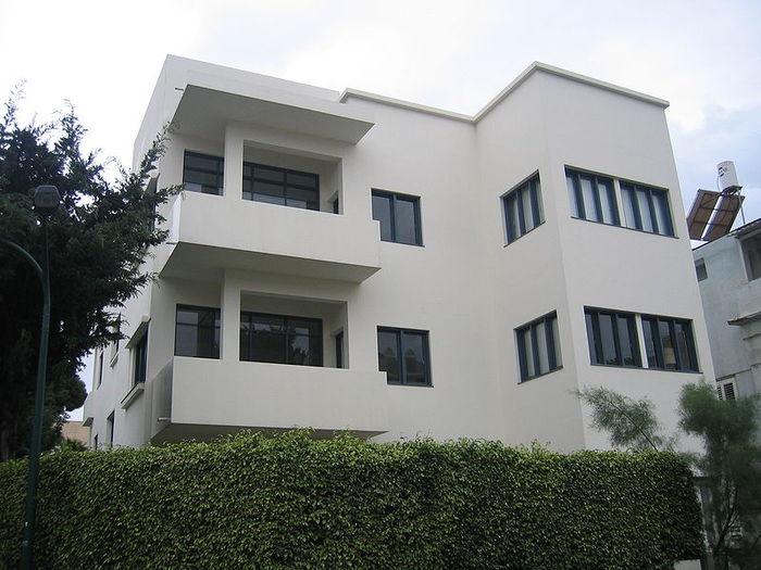 Здание в Тель-Авиве на ул. Gordon 9 cloudy
