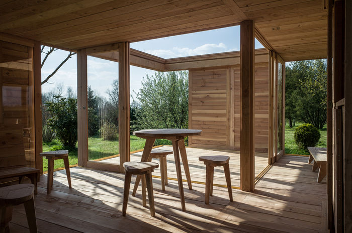Дом для отдыха  La Petite Maison. Архитектурная студия 2m26