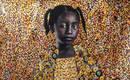 Поразительные портреты, украшенные золотыми предметами