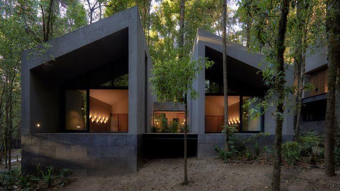 Дом из вулканической породы. Фото: Sergio López