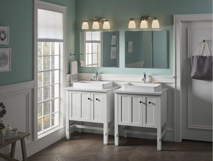Шторы на кухне и в ванной