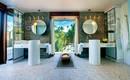 5 очаровательных ванных комнат с видом на природу