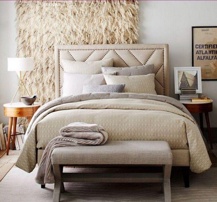 Спальня в осенних тонах