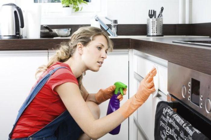 Уборка в кухне