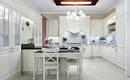 Классический стиль на кухне: кухонная мебель с лепниной