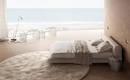 Украинский интерьер: современный гостевой люкс на берегу моря в Одессе