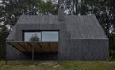Обновление чешского коттеджа с облицовкой из обожженного дерева