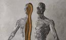 Освещенные фигуры отражают отношения между телом и душой
