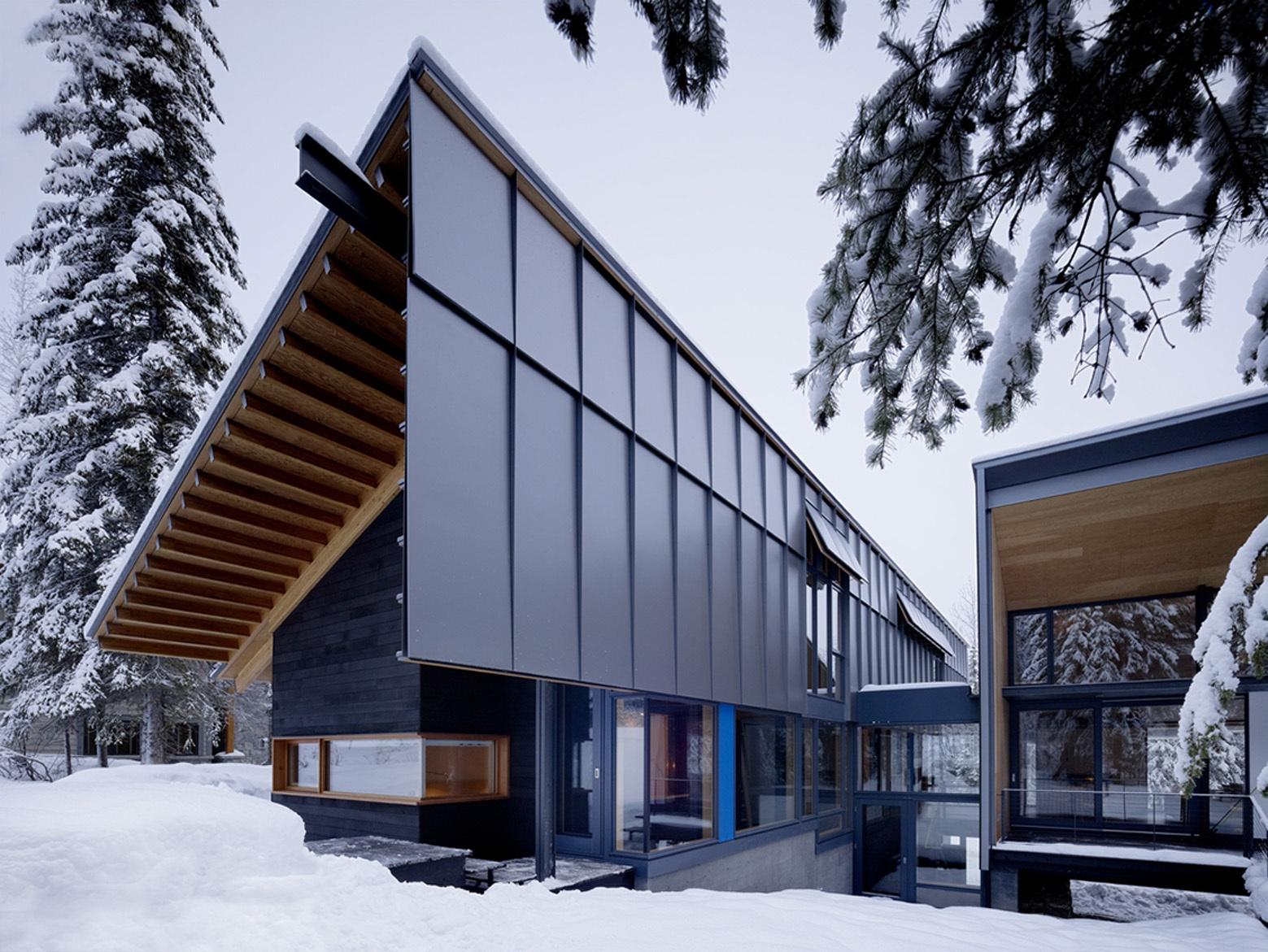 fachada-de-casa-moderna-dividida-en-dos