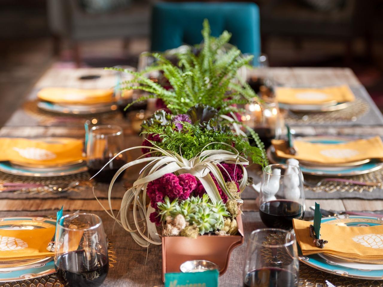 original_holidays-at-home-table-full_h.jpg.rend.hgtvcom.1280.960.