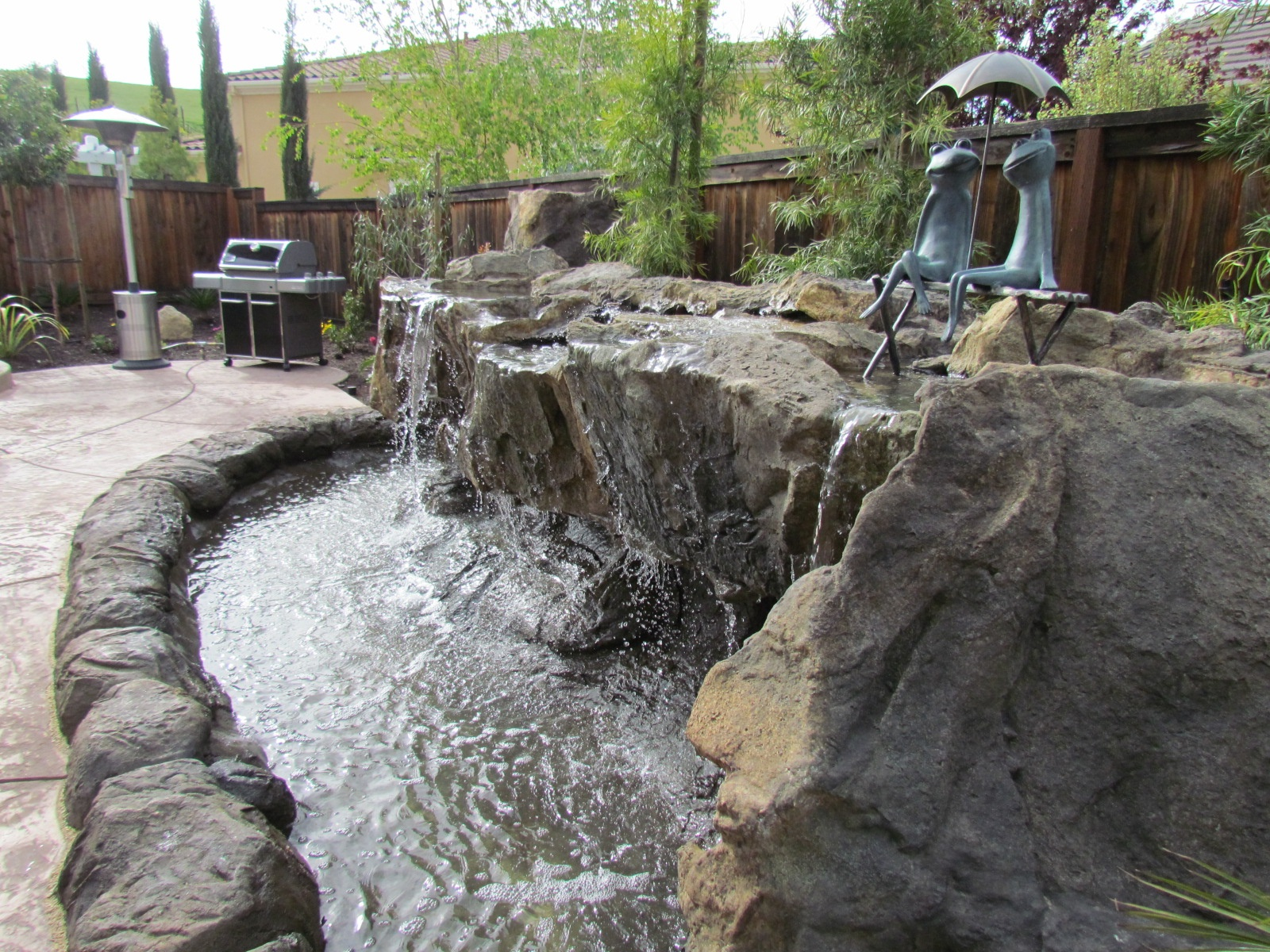 wondrous-patio-lowes-water-fountains-with-small-pond-for-backyard-water-features-also-patio-pavers-with-outdoor-lighting-and-outdoor-kitchen-decorating-ideas