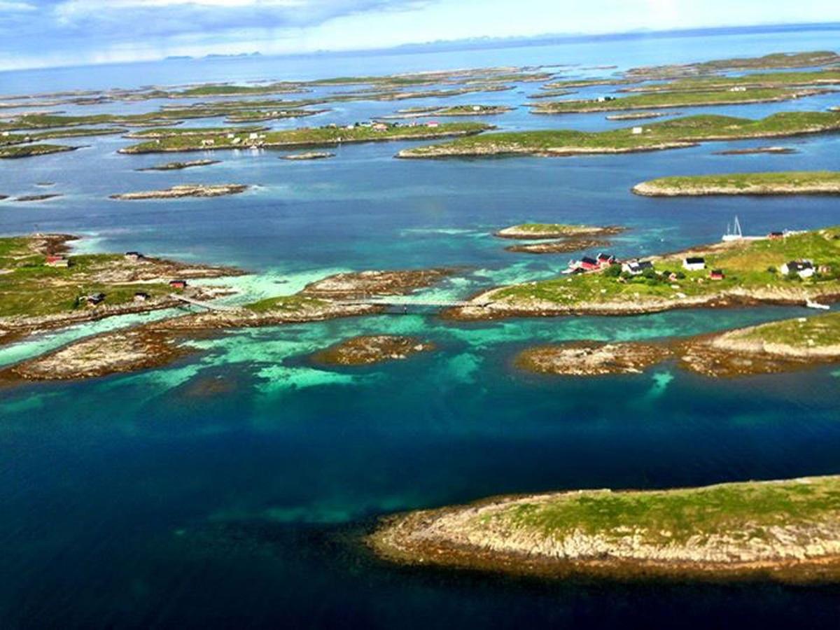 archipelago-fleinvr-by-caroline-allum