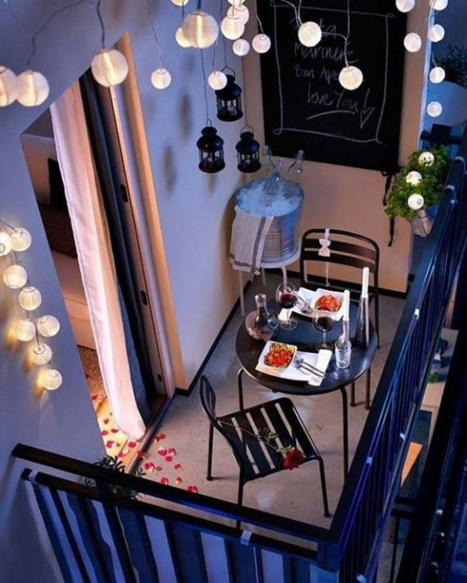 charming-smart-ideas-for-decorating-tiny-balcony-apartment-current-2016_decorate-balcony-apartment_apartment_how-to-design-a-studio-apartment-your-own-apartments-desi