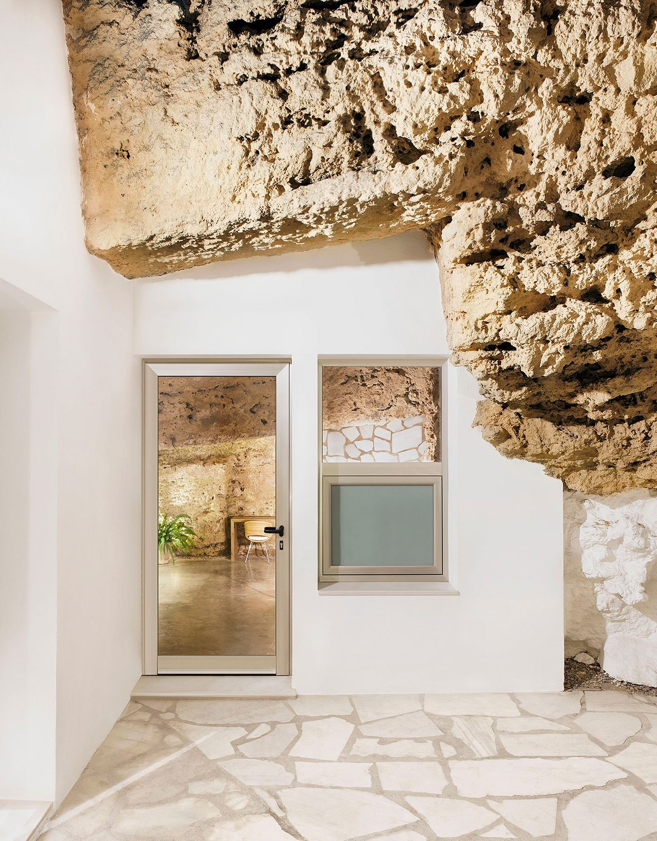 s9_cave_house_villarrubia_cordoba_spain_ummo_estudio_photo_david_vico_yatzer