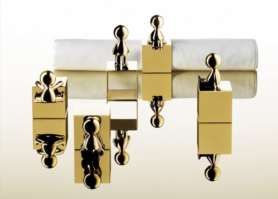 omini-ciotole-stefano-giovannoni-ghidini-italy-lighting-brass-consumer-furniture-products-milan-design-week-2016-cube_dezeen_1568_0-936x669