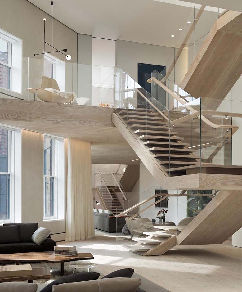 penthouse-loft-residence-soho-cast-iron-historic-district-washed-natural-light-designed-gabellini-sheppard-associates-07_01