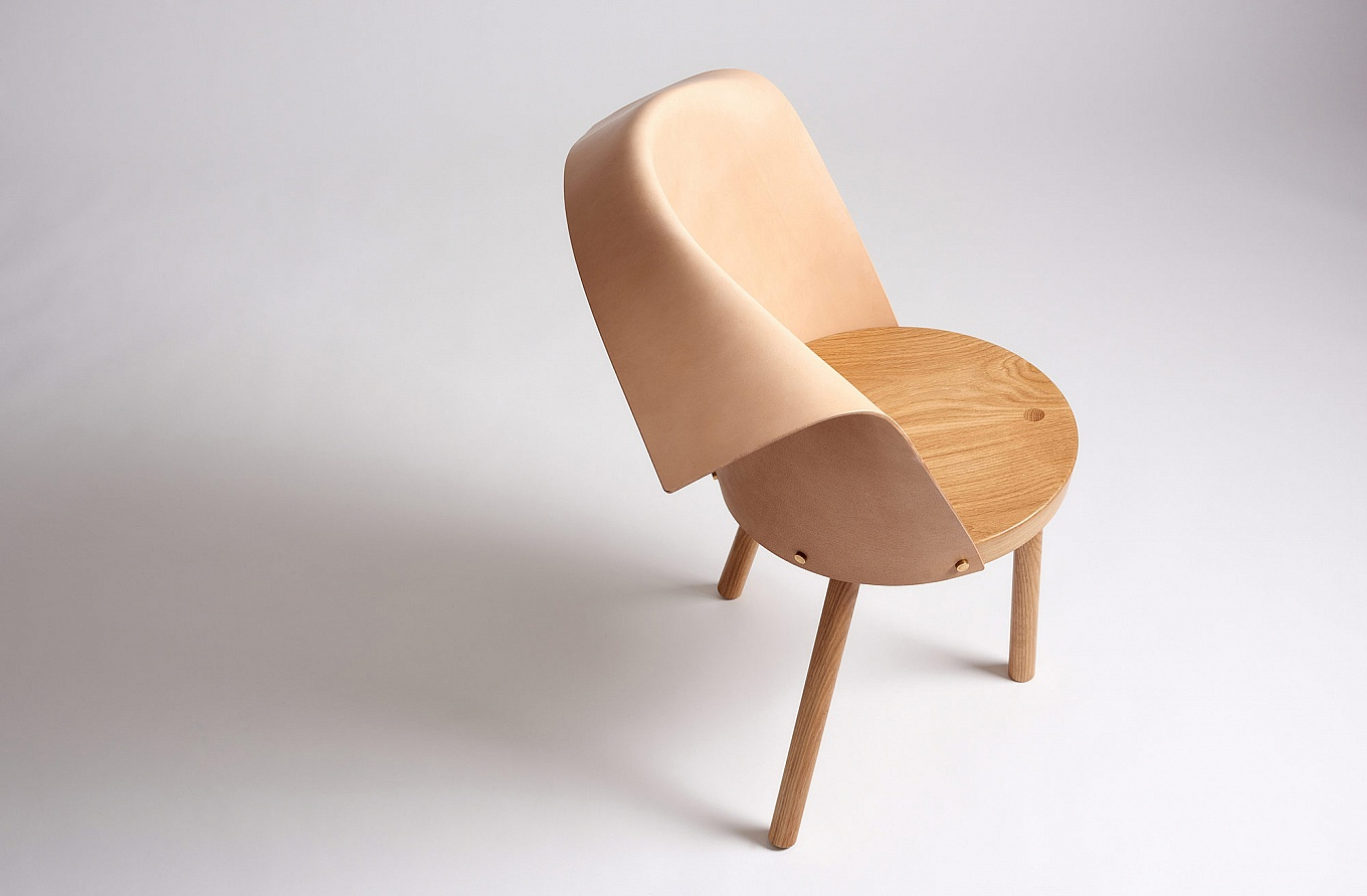 babu-and-clop-chairs-by-toru-gessato-6-1360x891